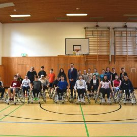Sportunterricht einmal anders: Rollstuhlbasketball am SBG